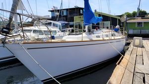 Used Pearson 36 Cruiser Sailboat For Sale