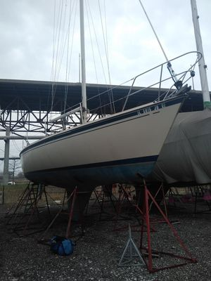 Used O'day 34 Cruiser Sailboat For Sale