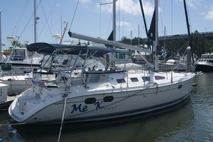 Used Hunter 386 Sloop Sailboat For Sale