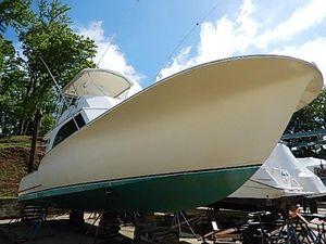 Used Carolina Express Cruiser Boat For Sale