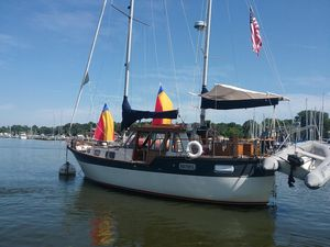 Used Nauticat 33 Cruiser Sailboat For Sale