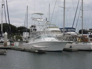 Used Topaz Express Sportfisher Express Cruiser Boat For Sale