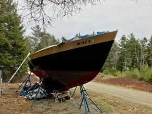 Used Morris Frances Sloop Sailboat For Sale