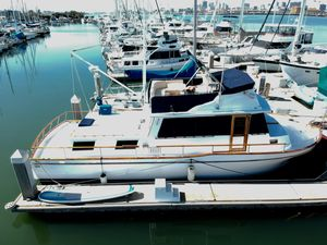 Used Californian 42 Motor Yacht For Sale