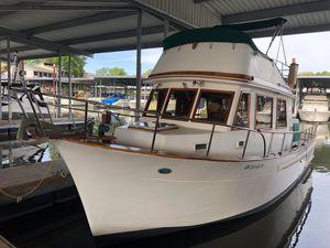 Used Chb 34 Tri-cabin Cruiser Boat For Sale