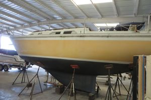 Used Ericson 29 Racer and Cruiser Sailboat For Sale