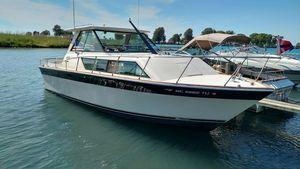 Used Slickcraft SE 285 Sport Express Cruiser Boat For Sale