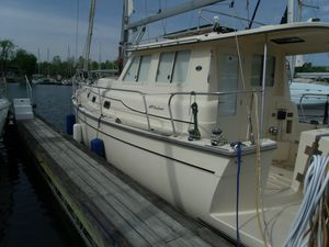 Used Island Packet SP Cruiser Motorsailer Sailboat For Sale