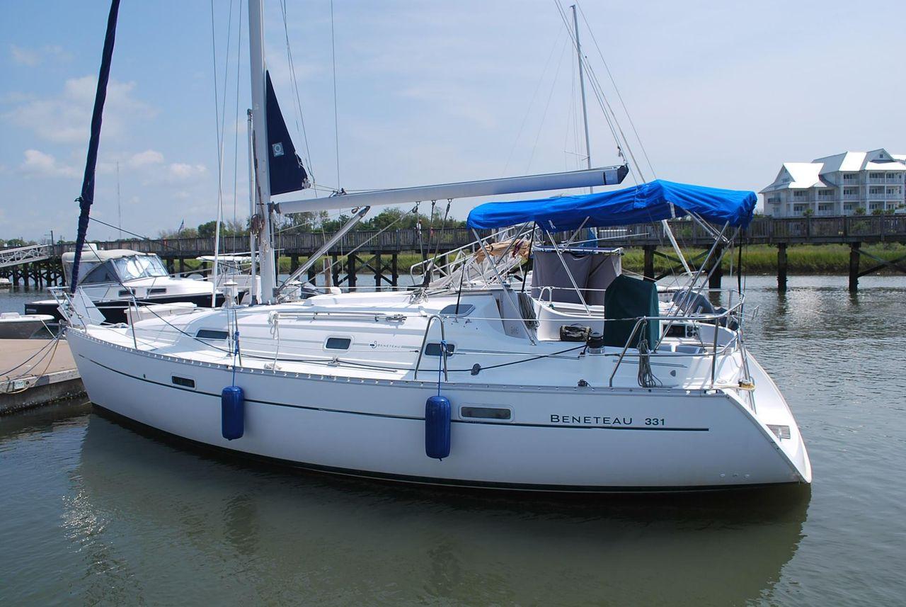 2001 Used Beneteau 331 Cruiser Sailboat For Sale - $47,900