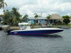 Used Cigarette Cafe 33 Open Center Console Fishing Boat For Sale