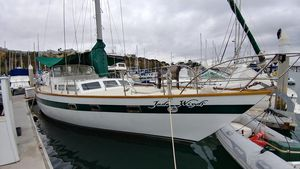Used Maple Leaf 48' Cruiser Sailboat For Sale