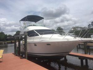 Used Bayliner 3258 Avanti Sedan Motor Yacht For Sale