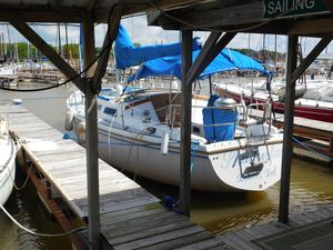 Used Catalina 1984 Sloop Sailboat For Sale