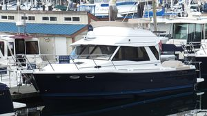 Used Cutwater 30 CB Cruiser Boat For Sale