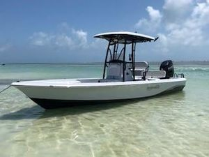 New Blue Wave 2400 Purebay Saltwater Fishing Boat For Sale