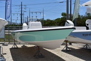 New Blue Wave 2200 Classic Saltwater Fishing Boat For Sale