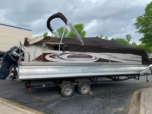 Used Manitou 24 Pontoon Boat For Sale