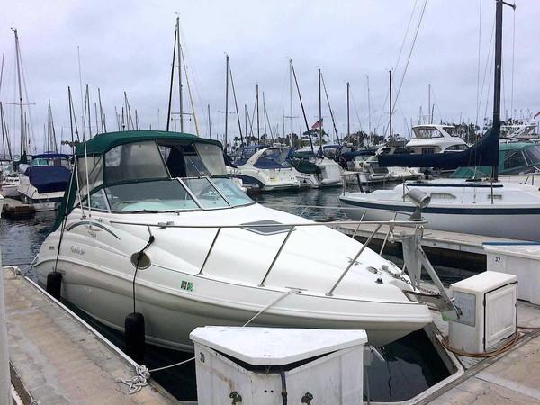 Used Rinker 266 Fiesta Vee Express Cruiser Boat For Sale