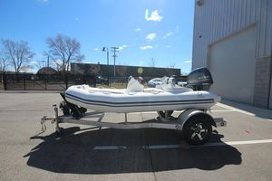 New Zodiac Yachtline 400 Deluxe NEO 50HP IN Stock Rigid Sports Inflatable Boat For Sale