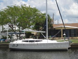 Used Marlow-Hunter Sailboat Racer and Cruiser Sailboat For Sale