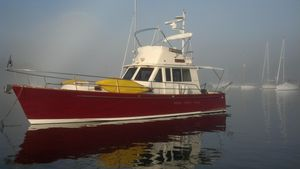 Used Legacy Custom Sedan Flybridge Cruiser Boat For Sale