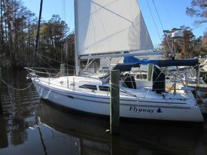 Used Catalina 310 Daysailer Sailboat For Sale
