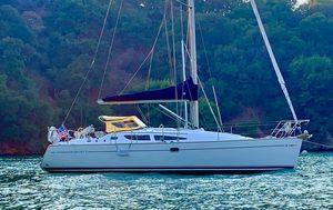 Used Jeanneau Sun Odyssey 35 Daysailer Sailboat For Sale