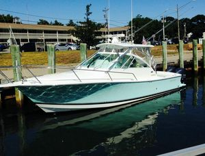 Used Regulator 30 Express Center Console Fishing Boat For Sale