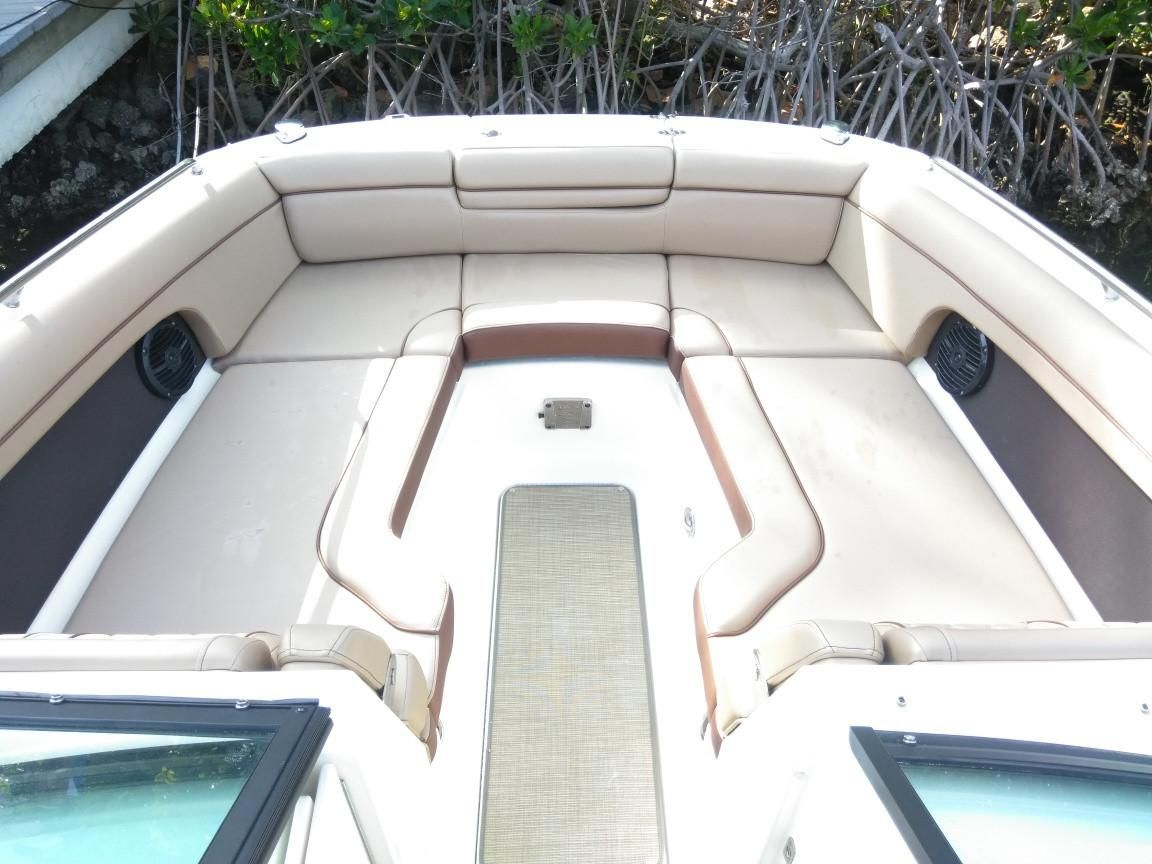 2017 Used Sea Ray SDX 270 Outboard Bowrider Boat For Sale