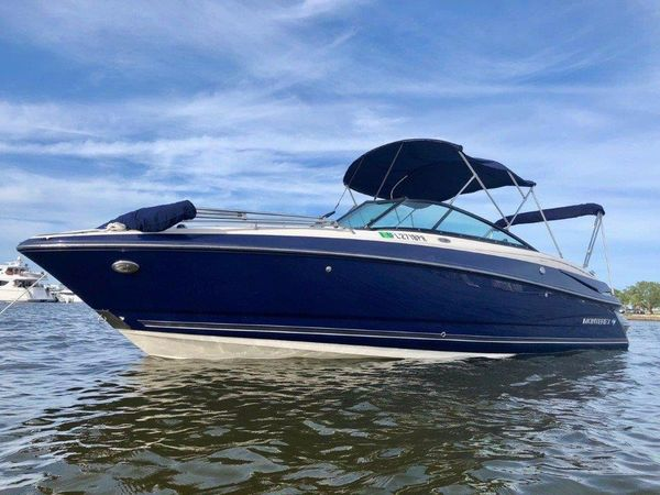 Used Monterey 260 Sport Yacht Cruiser Boat For Sale