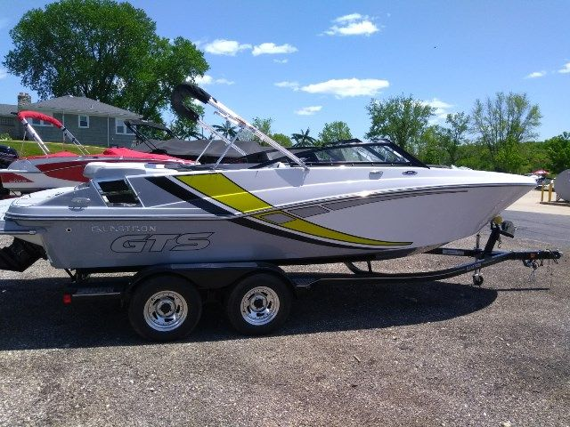 2019 New Glastron Bowrider GTS 225 Bowrider Boat For Sale