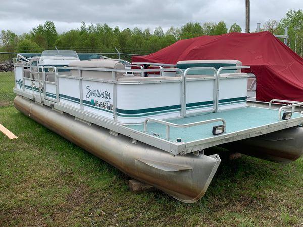 Used Godfrey Sw2423es Pontoon Boat For Sale