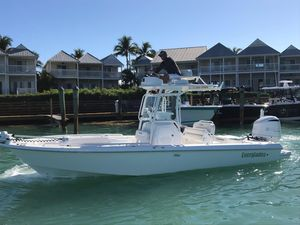 New Everglades 243 CC White Center Console Fishing Boat For Sale
