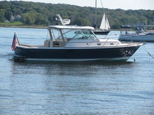 Used Hunt Yachts Surfhunter 29 Cruiser Boat For Sale