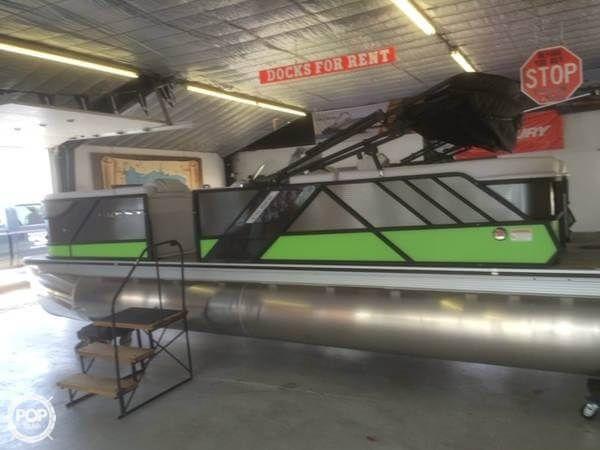 Used Crest Caliber 230 SLC Pontoon Boat For Sale
