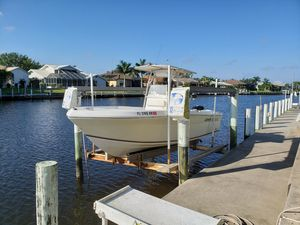Used Angler 220 VFX Center Console Fishing Boat For Sale
