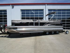 Used Princecraft Vectra 25 Pontoon Boat For Sale