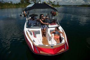 New Nautique Super Air Nautique G21 High Performance Boat For Sale