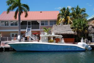 Used Hydra-Sports 42 Center Console Fishing Boat For Sale