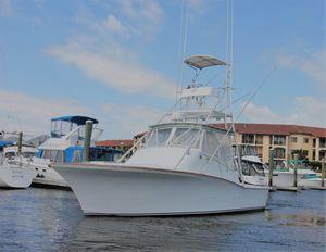 Used Custom Carolina Island Boatworks Express Sports Fishing Boat For Sale