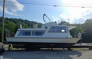 Used Marinette Seacrest House Boat For Sale