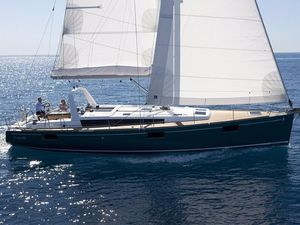 Used Beneteau Oceanis 48 In-stock Cruiser Sailboat For Sale