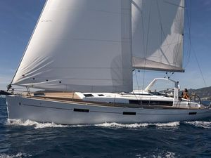 Used Beneteau Oceanis 45 In-stock Cruiser Sailboat For Sale