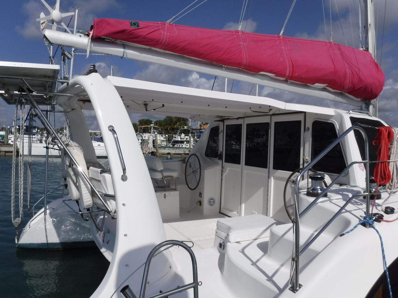 2005 Used Seawind 1160 Catamaran Sailboat For Sale - $274,900 - Fort
