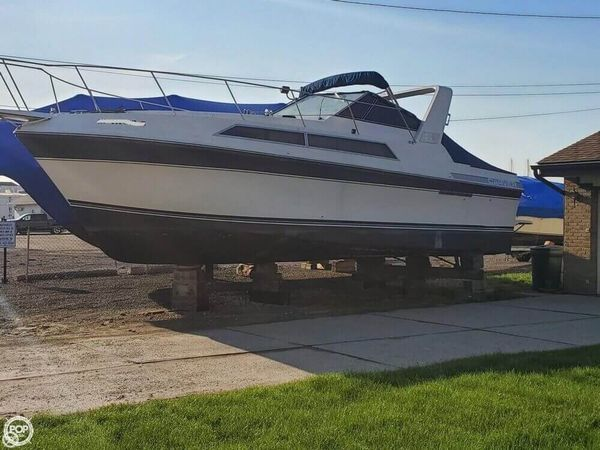 Used Carver 3257 Montego Double Cabin Express Cruiser Boat For Sale