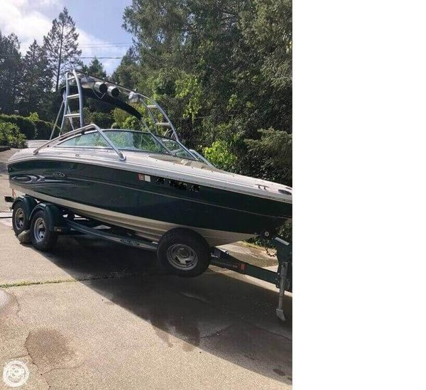 Used Sea Ray 200 Select Ski and Wakeboard Boat For Sale