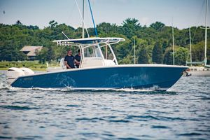 Used Jupiter 30 FS Demo - IN Stock Center Console Fishing Boat For Sale