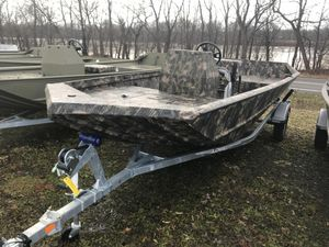 New Lowe Roughneck 1860 Pathfinder HEAVY DUTY EDITION .125 Gauge Hull Jon Boat For Sale