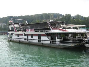 Used Sumerset 20 X 93 With Catwalks House Boat For Sale