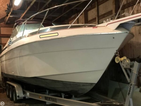 Used Wellcraft 2600 Prima Express Cruiser Boat For Sale